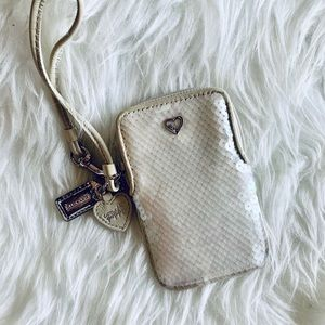 Coach poppy sequin Wristlet off white